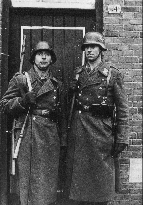 1940 Duitse wacht.png