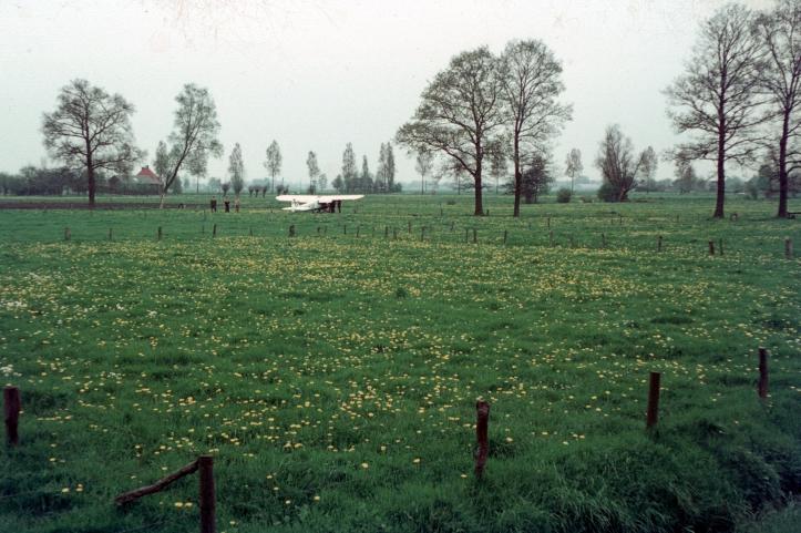 D015 39-40.jpg