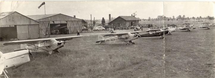 IJsselvlucht Teuge, vermoedelijk late 40's.jpg