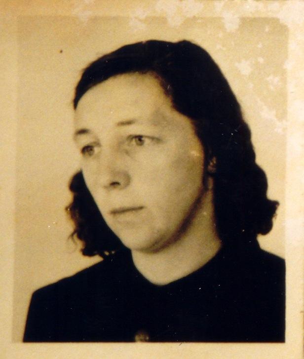 Oma de Groot 2 JM-collectie.jpg