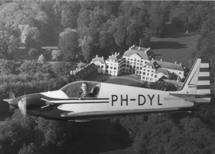 PH-DYL.jpg