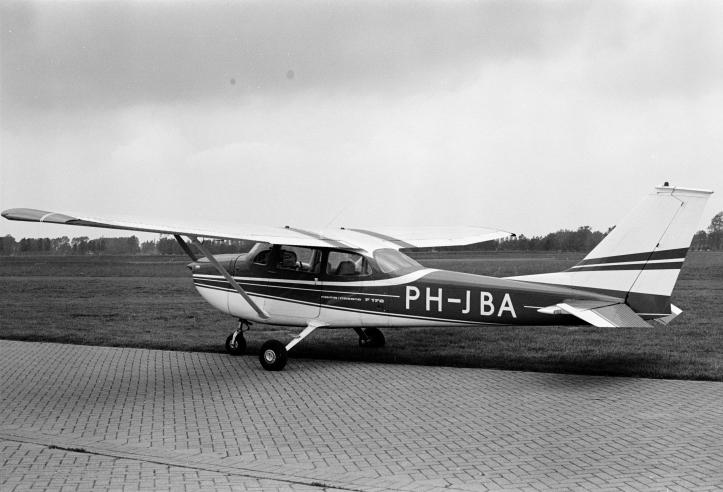 ph-jba 1972-00921.jpg