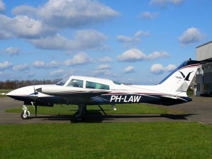 PH-LAW 2544.JPG.jpg