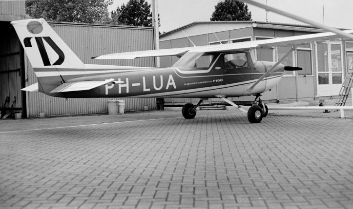 ph-lua 1972-00925.jpg