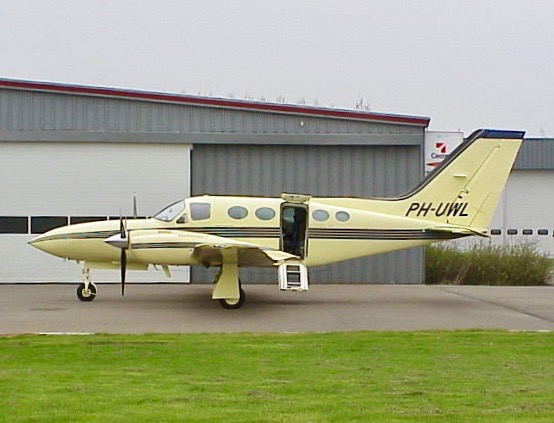 PH-UWL 623F.jpg