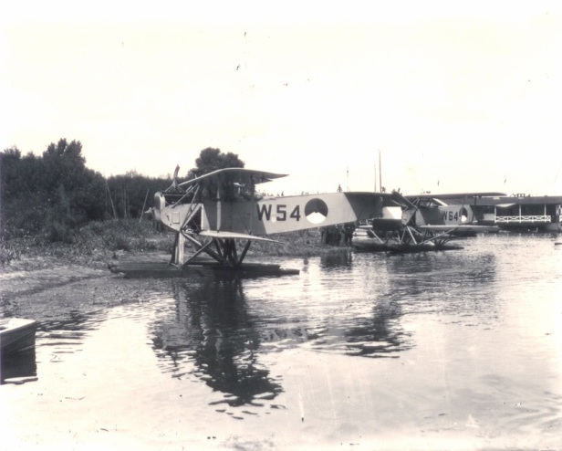 Watervliegtuig : IJssel : IJsel : W54 W64.jpg
